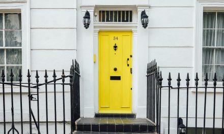 Como organizar porta de entrada da casa