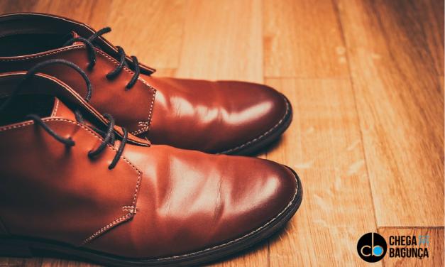 Tirar os sapatos para entrar em casa?