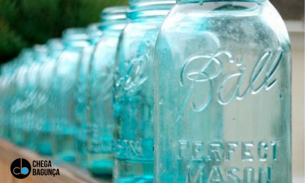 Organize com potes de vidro