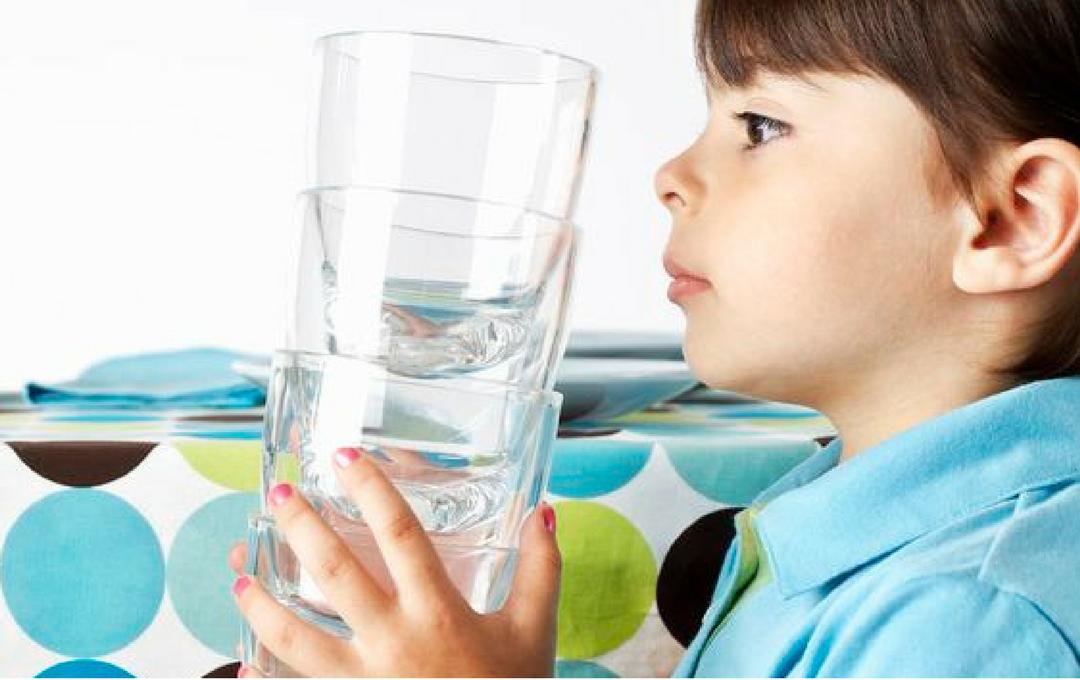 Como receber ajuda das crianças nas tarefas domésticas